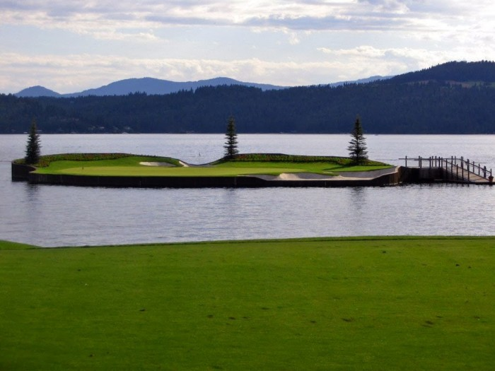 Stunning Floating Golf Course at Coeur d'Alene Resort (3)