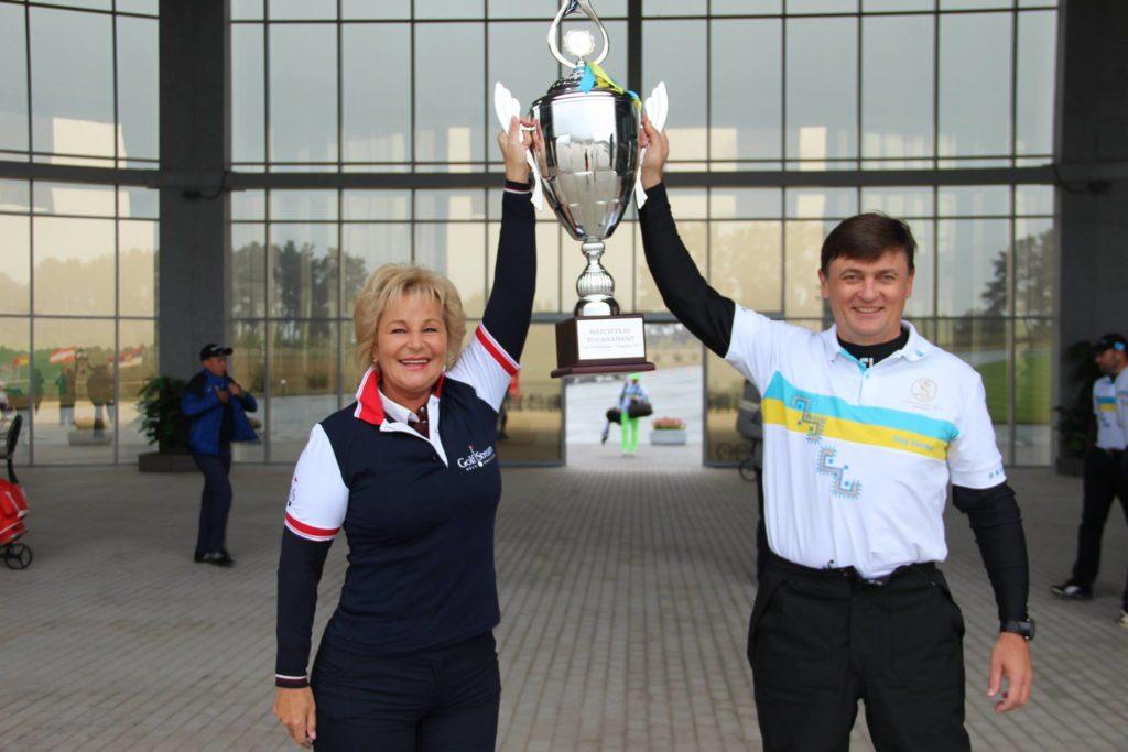 Лариса Непочатова и Олег Усенко