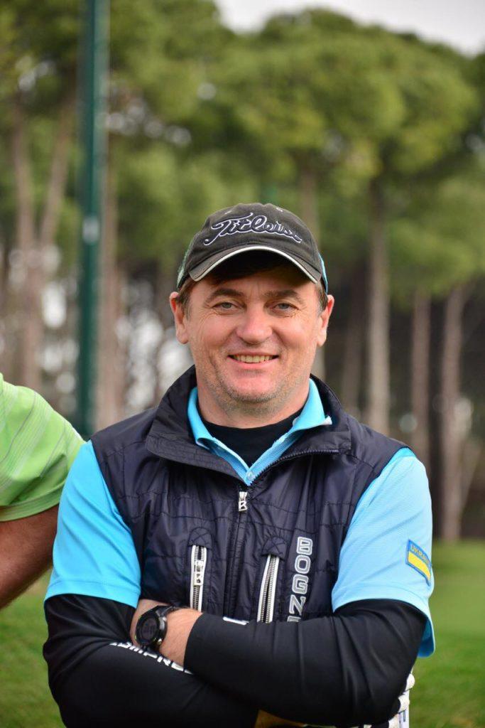 Олег Усенко