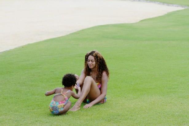 Beyonc-Jay-Z-Exotic-Vacation-in-Dominican-Republic-April-2014-BellaNaija-027