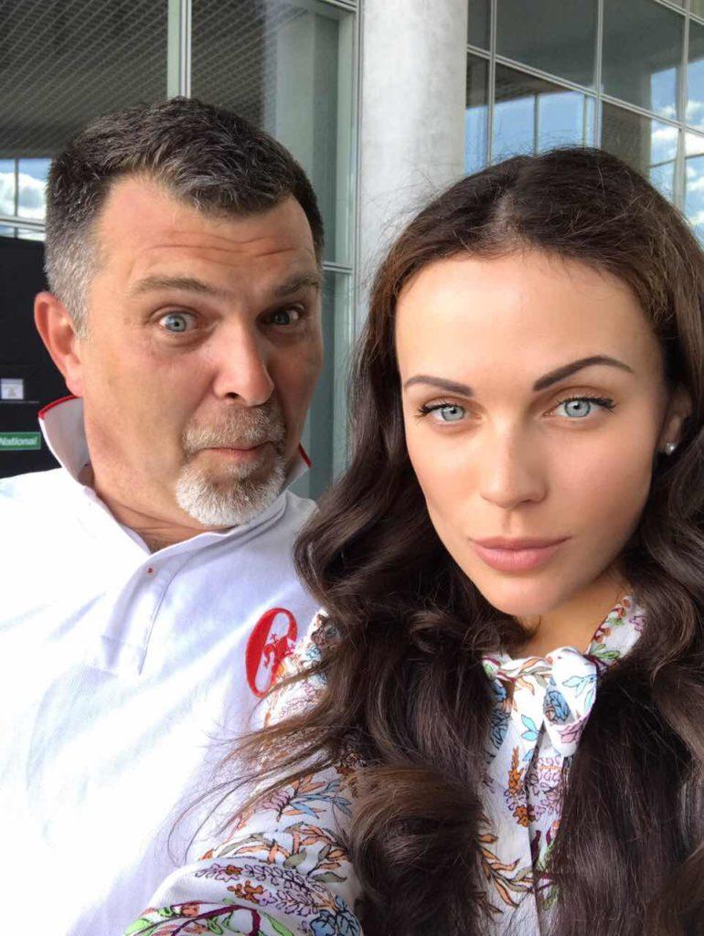 Фото за 10 минут до награждения Олега Гребельникова - он уже тогда был удивлён ;)