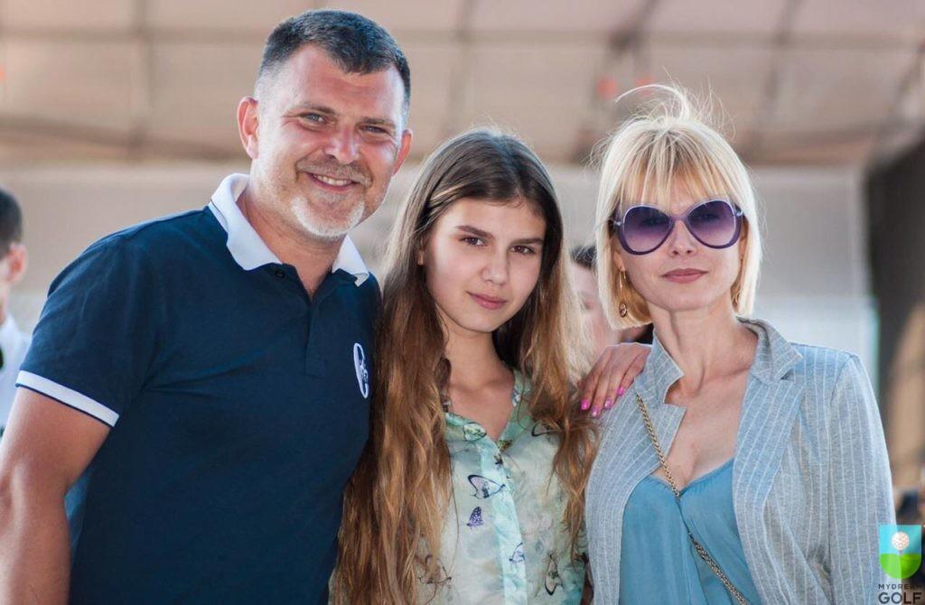 Олег, Екатерина и Татьяна Гребельниковы