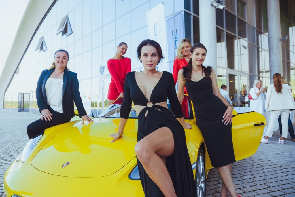 Дарья Чернышева, Юлия Лищук, Мария Орлова, Марина Дяченко, Яна Морган